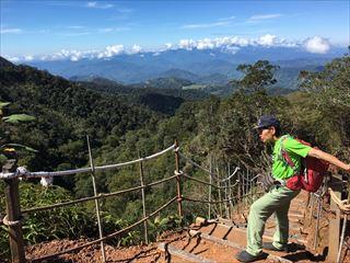 経験豊富な登山ガイド