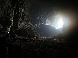 MURU_Deer_Cave